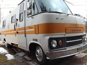 1975 Dodge Travco