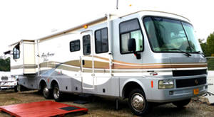 1999 Fleetwood Pace Arrow Vision 36B