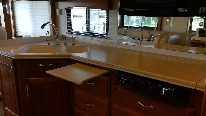 2005 Newmar Mountain Aire 4030