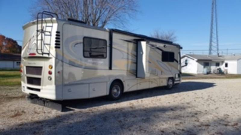 2012 Tiffin Allegro Breeze 32BR