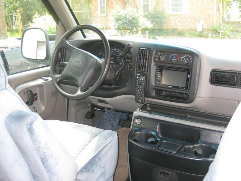 2001 Roadtrek Versatile 200