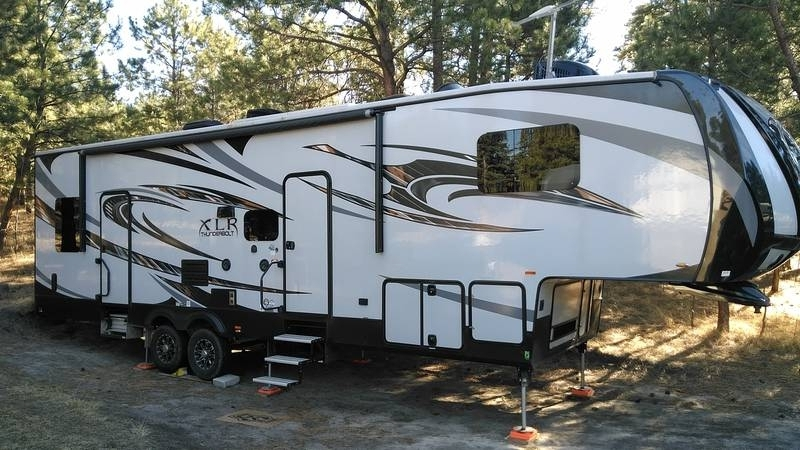 2015 Forest River XLR Thunderbolt 340X12