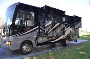 2013 Winnebago Vista 27N
