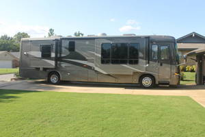 2007 Newmar Kountry Star 3916