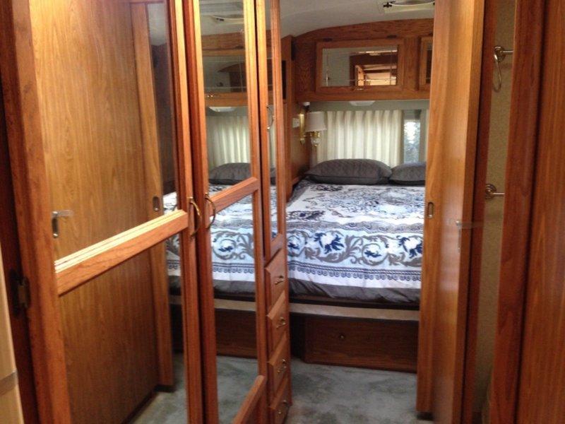 1999 Airstream Excella 31