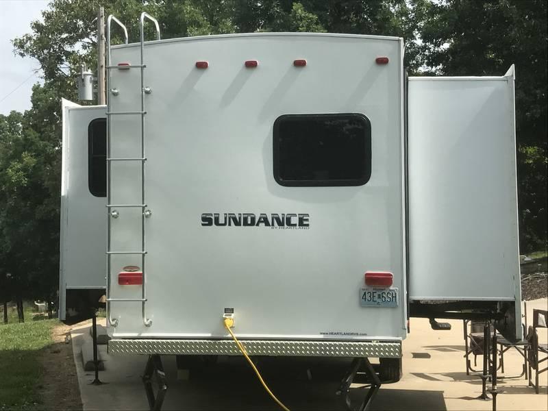 2010 Heartland Sundance 2998RB