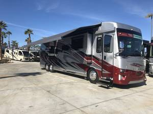 2018 Newmar Dutch Star 4018