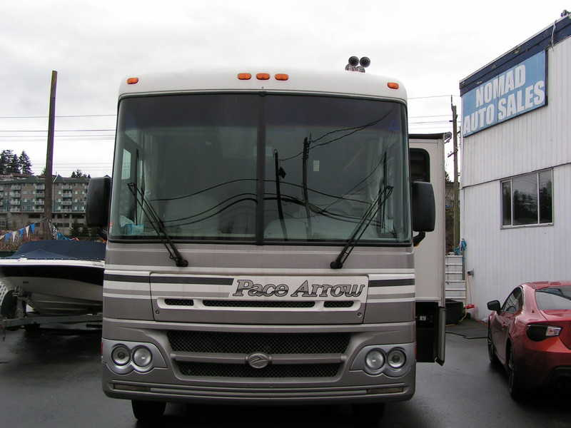 2002 Fleetwood Pace Arrow 37A