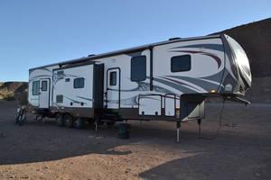 2014 Heartland Road Warrior 415 RW