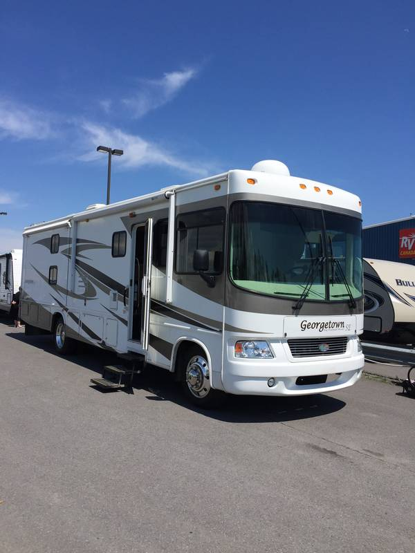 2009 Forest River Georgetown SE 350TS
