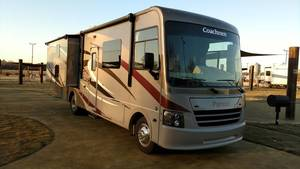 2015 Coachmen Pursuit 33BH