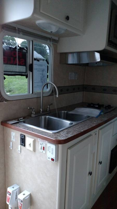 2010 Cruiser RV Fun Finder X189FDS