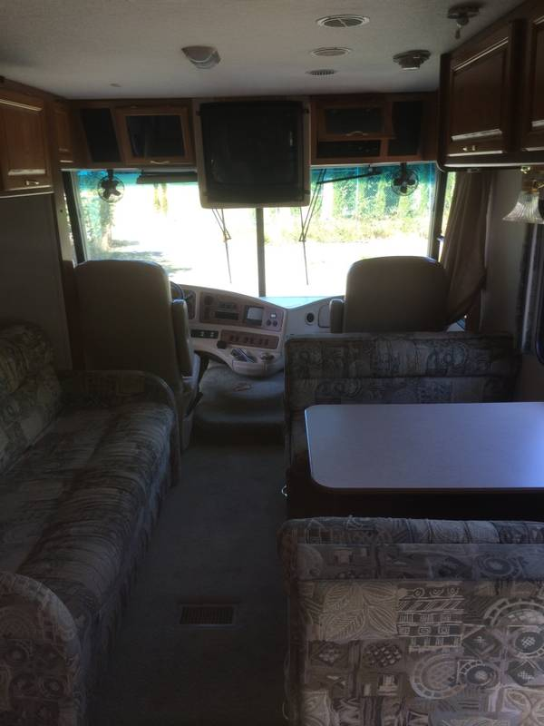 2001 Coachmen Aurora 3570KS