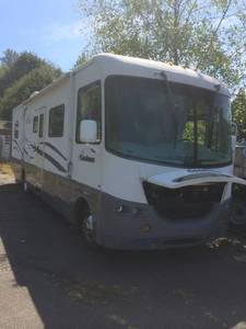 2001 Coachmen Aurora 3570KS