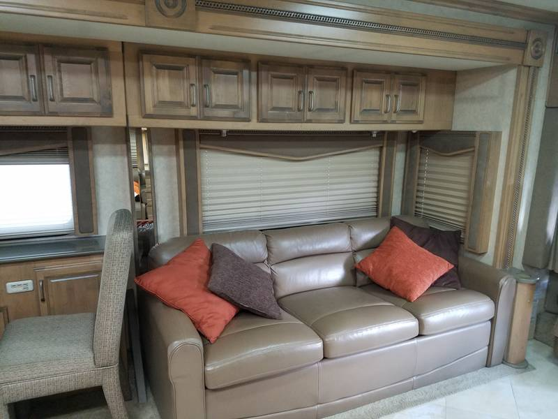 2007 American Coach American Tradition 42F