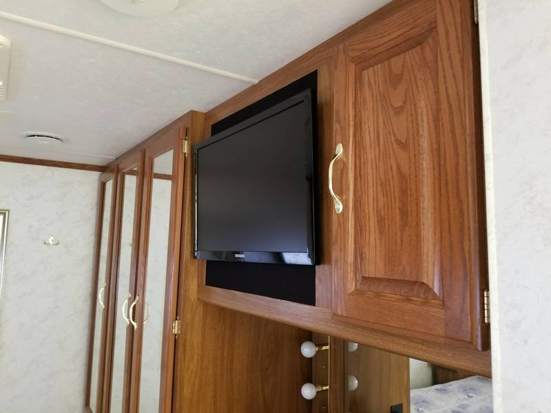 2003 Four Winds Infinity 32R