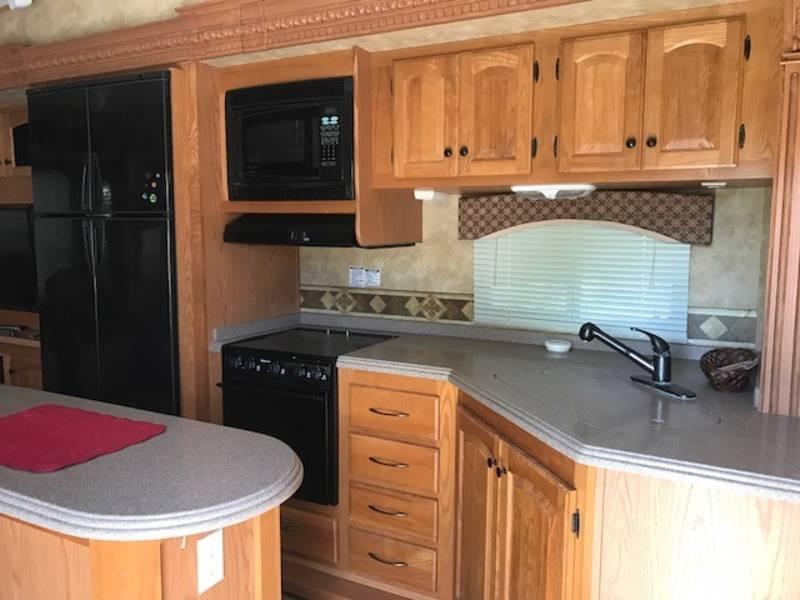 2009 Heartland Bighorn 3580RL