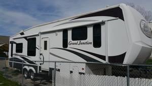 2008 Dutchmen Grand Junction 335TRL