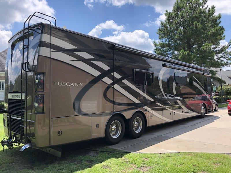 2016 Thor Motor Coach Tuscany 45at