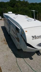 2010 Keystone Montana Mountaineer 305RLT