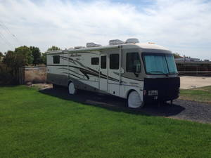 2001 Fleetwood Pace Arrow Vision 36B
