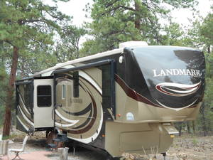 2013 Heartland Landmark Sequoia