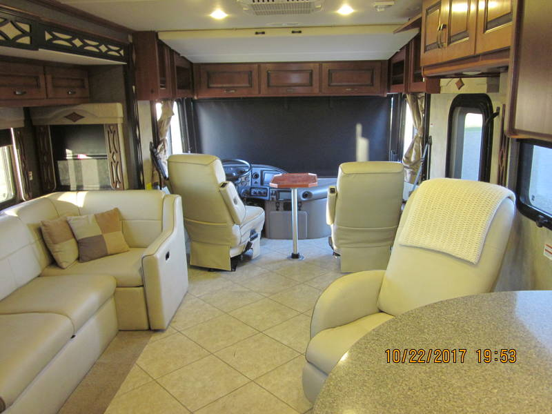 2014 Fleetwood Excursion 35B