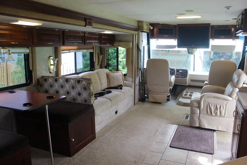 2005 Newmar Scottsdale 3671