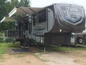 2015 Heartland Road Warrior 420