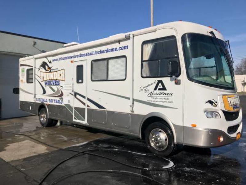 2004 Coachmen Aurora 3480DS