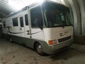 1999 Holiday Rambler Admiral 33