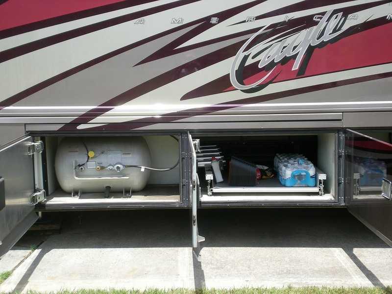 2005 American Coach American Eagle 42R