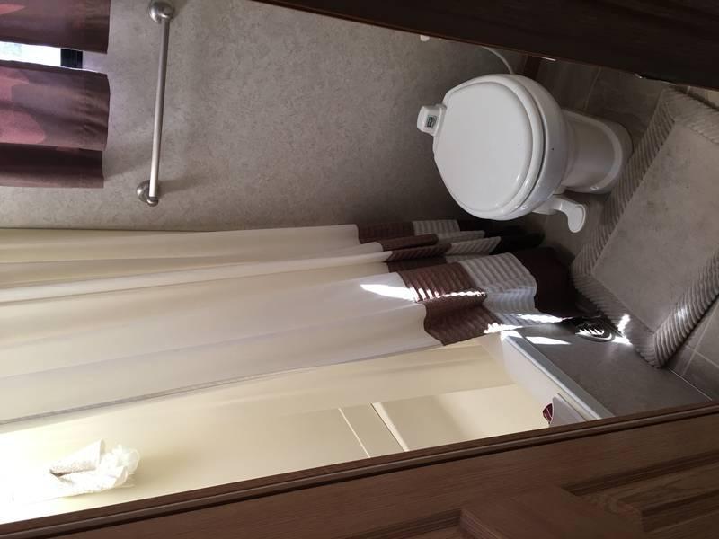 2005 Glendale RV Titanium 32EDS