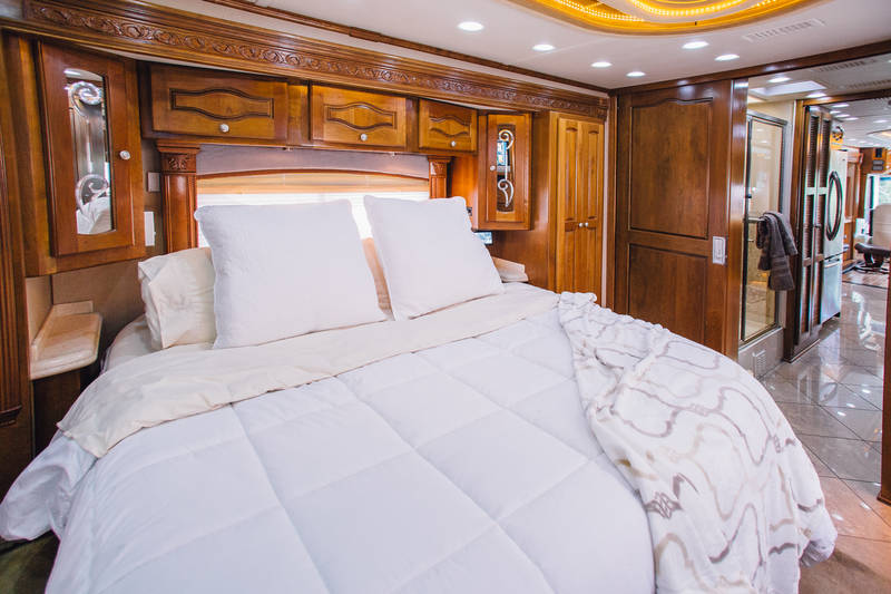2006 Monaco Signature COMMANDER IV