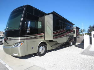 2014 Tiffin Phaeton 40QTH