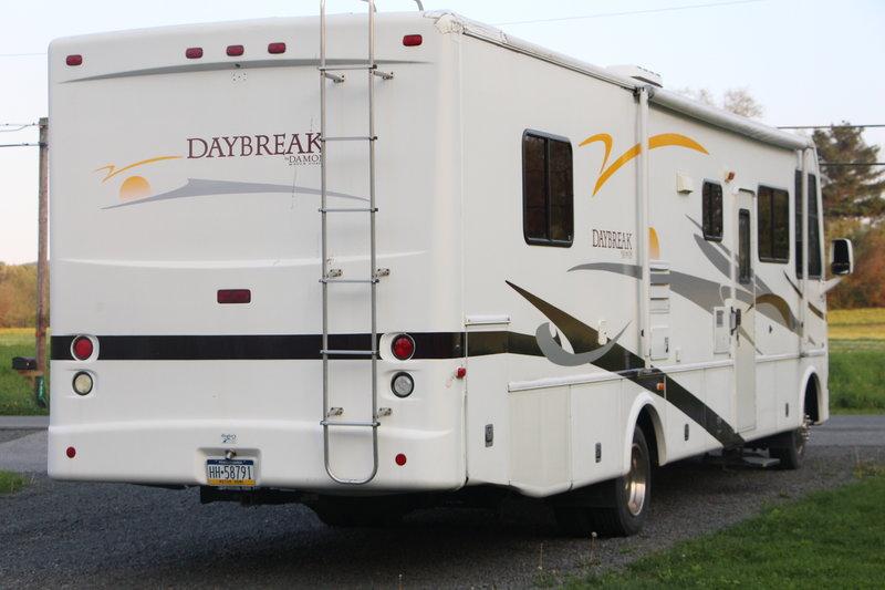 2006 Damon Daybreak 3270F