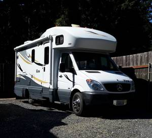 2012 Winnebago Sprinter View 24M