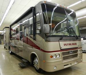 2006 Damon Intruder 373F