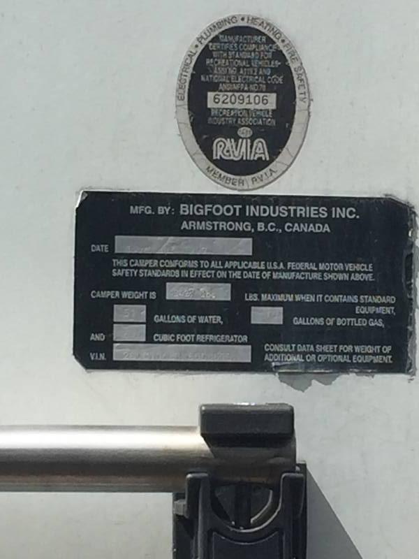 1997 Bigfoot RV 2500 11.5