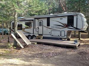 2011 Forest River Blue Ridge 3600RS
