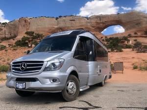 2018 Leisure Travel Vans Serenity