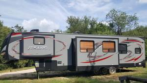 2015 Forest River Cherokee Vengeance 377V