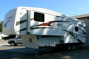 2010 Carriage Cameo LXI 32FWS