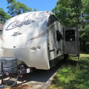 2016 Keystone Cougar X-Lite 25RDB