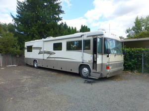 2000 Country Coach Allure 4000LPSG