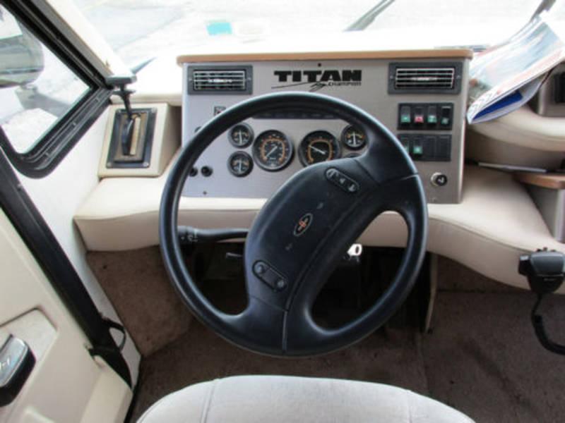 1993 Titan Titan Champion