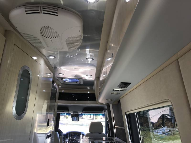 2017 Airstream Interstate EXT GRAND TOUR