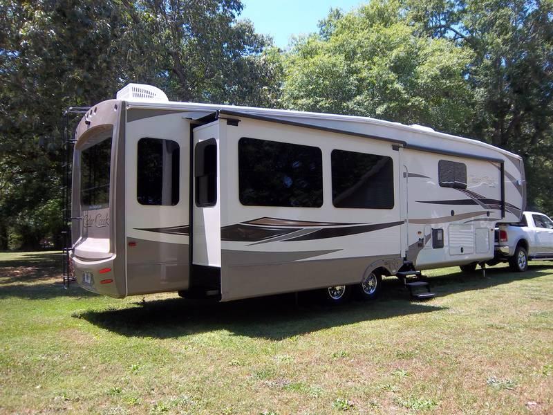 2015 Forest River Cedar Creek Hathaway 38FB2