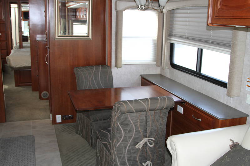 2006 Fleetwood Excursion 39L