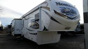 2013 Keystone Montana 37RL